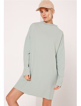 curve-neck-sweater-dress-green by missguided