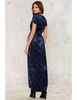 whos-the-gloss-wrap-dress---navy by nasty-gal