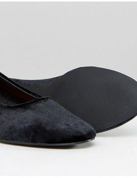 boohoo-velvet-block-heeled-shoe by boohoo