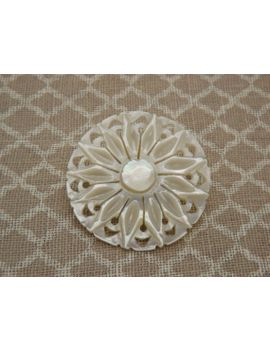 a-beautiful-round-flower-head-design-hand-carved-vintage-jewelry-brooch-made-in-pierced-open-work-polished-mother-of-pearl-shell by vintagejewelleryetc