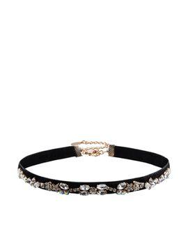kim-velvet-jewelled-choker-necklace by accessorize