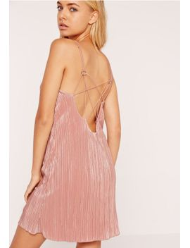 silky-shimmer-pleat-shift-dress-pink by missguided