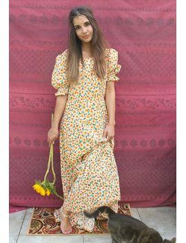 vintage-70s-daisy-print-maxi-dress by no-brand-name