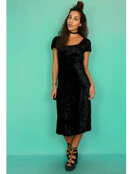 crushed-black-velvet-short-sleeved-midi-dress by no-brand-name