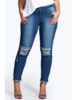 plus-ripped-knee-stretch-skinny-jean by boohoo