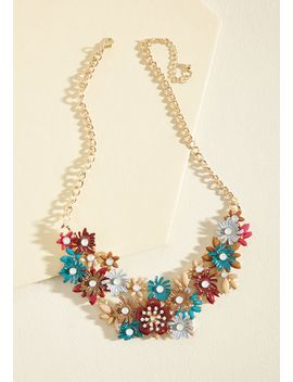 the-flowers-that-be-statement-necklace-in-blue by modcloth