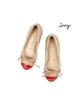 Incy Kiss Me Darcy by Charlotte Olympia