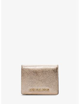 jet-set-travel-metallic-saffiano-leather-card-holder by michael-michael-kors