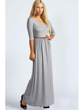 sophia-scoop-neck-elasticated-waist-maxi-dress by boohoo