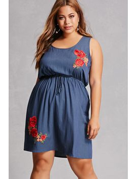 41635fcaf28 FOREVER 21. PLUS SIZE FLORAL CHAMBRAY DRESS