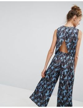 asos-top-with-split-back-in-pleated-ditsy-print by asos-collection