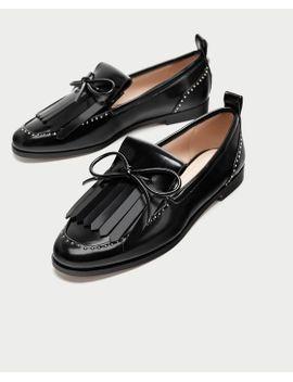 mocassim-de-laÇo-com-acabamento-brilhante--sapatos by zara