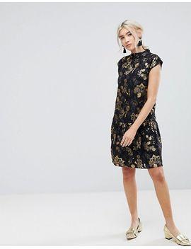 vila-floral-sleeveless-peplum-hem-dress by vila