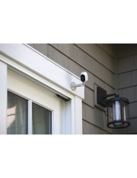 arlo-smart-home-indoor_outdoor-wireless-high-definition-ip-security-cameras-(3-pack)---white_black by netgear