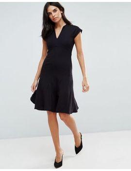 yas-cisley-v-neck-a-line-dress by yas
