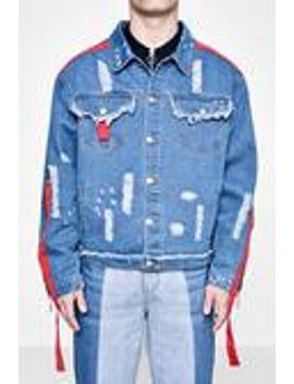 zip-and-tape-detail-distressed-denim-jacket by boohooman