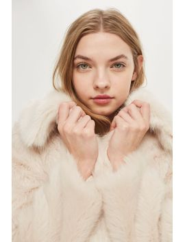 claire-luxe-faux-fur-coat by topshop