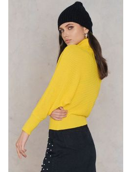 folded-knitted-sweater-yellow by na-kd