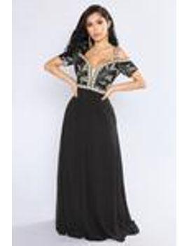 baroness-embroidered-dress---black by fashion-nova