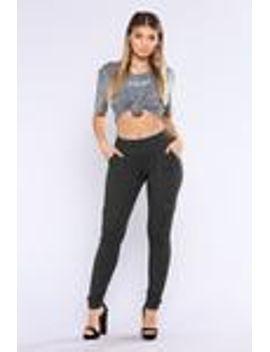 carmen-ponte-leggings---charcoal by fashion-nova