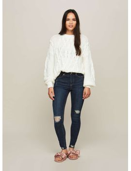 lizzie-authentic-blue-ripped-jeans by miss-selfridge