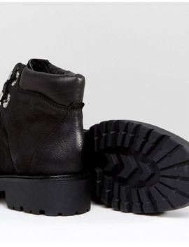 vagabond-kenova-black-leather-flat-hiking-ankle-boots by vagabond