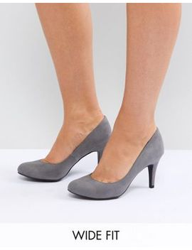 new-look-wide-fit-suedette-kitten-heel-round-toe-court-shoe by new-look