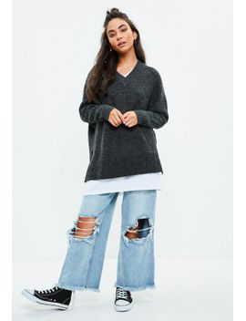 grey-heavy-ribbed-knitted-v-neck-jumper by missguided
