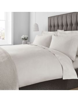 800-tc-egyptian-cotton-true-grip-fitted-sheet by luxury-hotel-collection