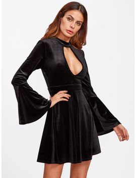 plunge-keyhole-neck-bell-sleeve-velvet-dress by sheinside