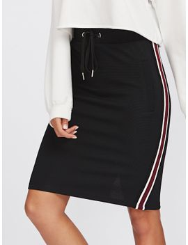 sheinstriped-tape-side-vented-back-textured-skirt by sheinside