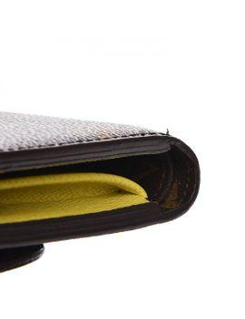 louis-vuitton-epi-monogram-marie-lou-compact-wallet-pistache by louis-vuitton
