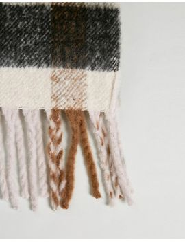 only-heavy-check-fringe-scarf by only