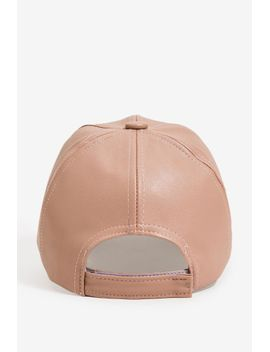 blushing-mavue-faux-leather-cap by agaci