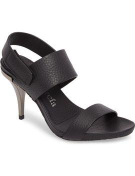 yelina-sandal by pedro-garcia