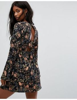 prettylittlething-open-back-floral-mini-dress by prettylittlething