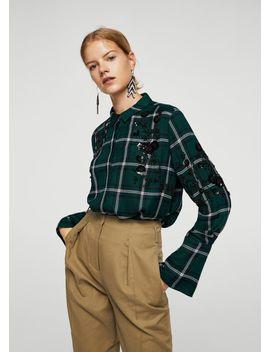 chemise-détails-brodés by mango