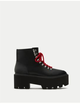 fashion-mountain-ankle-boots by pull-&-bear
