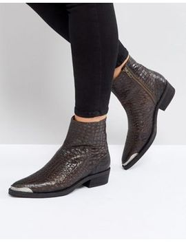 selected-snake-boot by selected